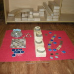 Loose Parts: Complex Learning with Simple Materials